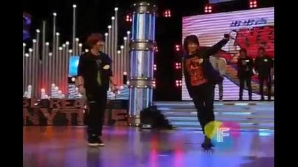 Fancam Shinee Taemin Jonghyun and Minho dancing 100418