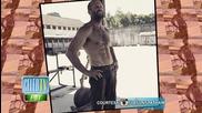 Jason Statham Flaunts Abs!