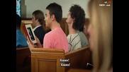 Да се възбудиш в църквата - Смях (сцена от филма Van Wilder)