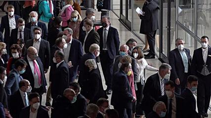 Germany: Fierce debate precedes passage of national coronavirus rules in Bundestag