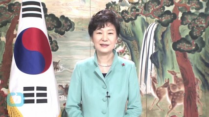 South Korea's Park Says Won't Tolerate Graft as Her PM Faces Bribery Claims