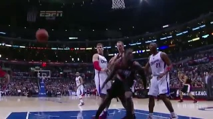 J.j. Hickson Monstrous Dunk on Deandre Jordan