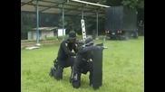 """Южнокорейските спец. части """" Swat """" извършват тактически прецизна стрелба с огнестрелни оръжия"""