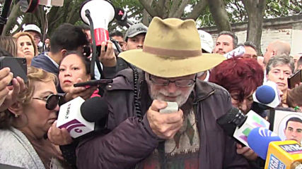 Mexico: March for 'peace' sets off for Mexico City after deadliest year on record