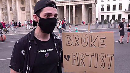 Germany: Artists march in Berlin to ask for help amid economic struggles