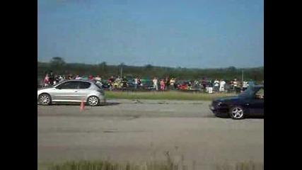 Благо Голф 2 срещу Peugeot 206