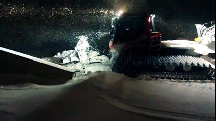 Забавление върху Ски и Сноуборд през зимата!