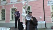 Estonia: Dozens take part in 'Peace March' through Tallinn