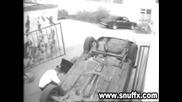 Инцидент - жена се опитва да кара кола !!!