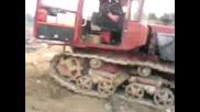 Палене На Трактор С Пусков Двигател