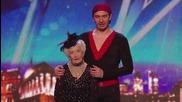 80 годишна баба изуми журито в Тв шоу Британия търси талант 2014