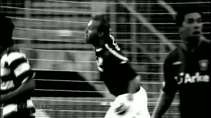 Най - добрите спасявания на Ники Михайлов - Twente 2010