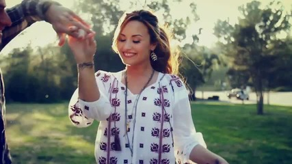 Demi Lovato - Give Your Heart A Break ( Official Video )