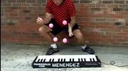 Невероятно свирене с топки на пиано
