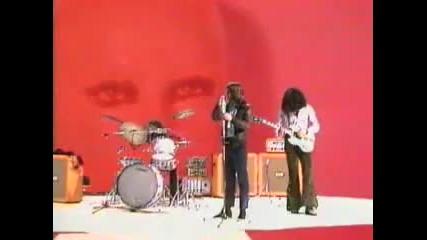 Black Sabbath - Paranoid (1970 - Music Video)