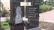 Ukraine: Poroshenko pays respects at Mariupol memorial