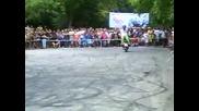 Stunt show - Мартара на скутер - Мотосъбор Къпиновки манастир 2013