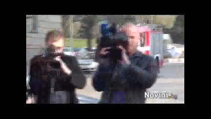 (18 +) Жена се самозапали пред Президентсвото