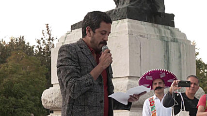 Mexico: LGBT rally in support of naked Zapata painting
