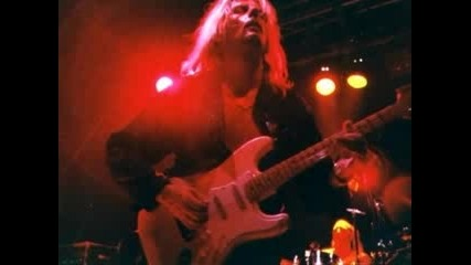 Axel Rudi Pell - You Want Love - превод