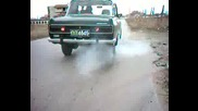 москвич 12 си пали гумите дзъма