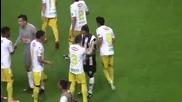 Страхотен жест, футболист се поклони пред Роналдиньо!