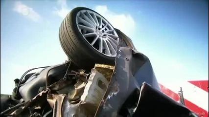 Какво се получава при удар на автомобил с 200км. Краш тест.