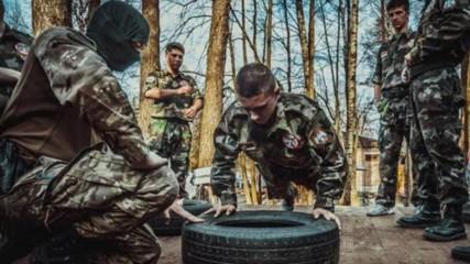 Казарма за ДЕЦА в Сърбия: Руснаци ги учат да стрелят с калашници!
