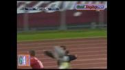 гол с пета на Стефано Окака Чука срещу Сиена за 2 - 1