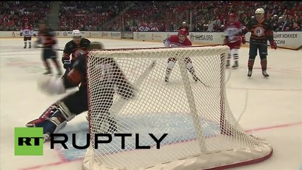 Russia: Putin scores twice in WWII victory hockey match
