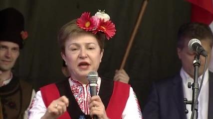 Стотици българи се хванаха на Голямото хоро в Брюксел