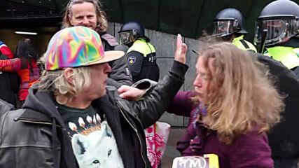 Netherlands: Police disperse COVID sceptics in Amsterdam