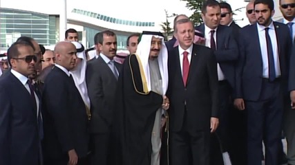 Turkey: Saudi King Salman welcomed by Erdogan ahead of Syria talks