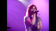 Kelly Clarkson Walking After Midnight & Behind These Hazel Eyes Live Short Acoustic Version Wembley