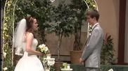 Булка изненадва приятно младоженеца и гостите пред олтара като запява