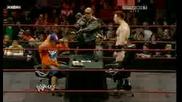 Джон Сина и Шeймъс подписват договор за предстоящия им мач на турнира Tlc *1/2*