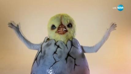 Пилето изпълнява Don't Stop Me Now на Queen | Маскираният певец