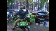 В Холандия въвеждат електрически скутери като таксита