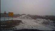 Шофьор избягва сблъсък с камион благодарение правилната си реакция