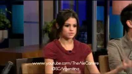 За първи път в сайта - Селена Гомез в 'the Tonig