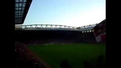 Феновете На Ливърпул - Fuck Off Chelsea Fc