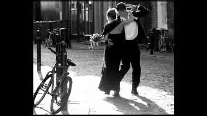 Nouvelle Vague - In a Manner of Speaking (beautiful song)
