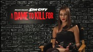 Звездата Джейми Чунг дава интервю за филма си Град на Греха 2: Жена, за която да убиеш (2014)