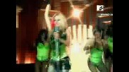 Avril - Hot