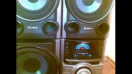 Скромно Sony в къщи 3 :)