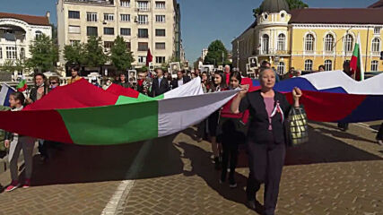 Bulgaria: Hundreds join Immortal Regiment march to mark V-Day in Sofia
