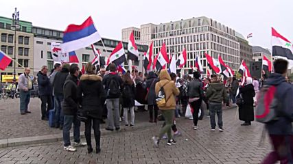 Germany: Pro-Assad protesters rally outside Berlin's US Embassy