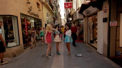 Превод + H D ! Inna - Un Momento ( Official Video ) 2011