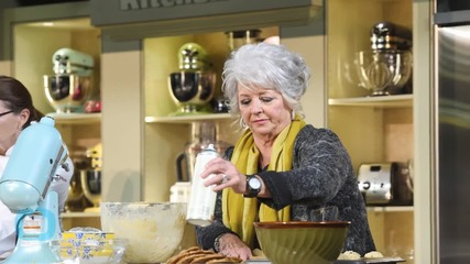 Paula Deen Previews Her Brand-New Restaurant Featuring Plenty of Fried Chicken: I Want to Fill Your Bellies!