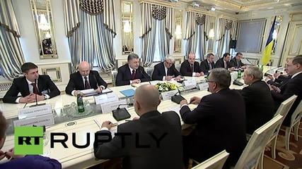 Ukraine: Poroshenko meets with Polish President Komorowski in Kiev